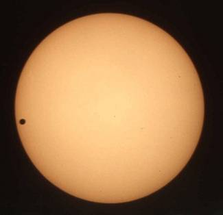 Venus in Transit — by Dave Waugh. Greenwich, June 8, 2004